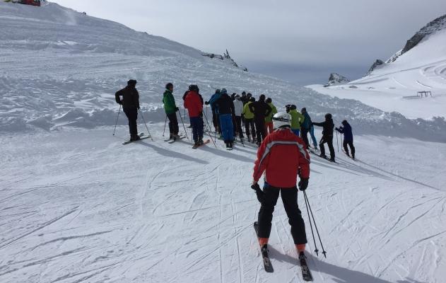 25TFA-Skifahren2-1.jpg