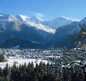 Interlaken-Winter-1.jpg